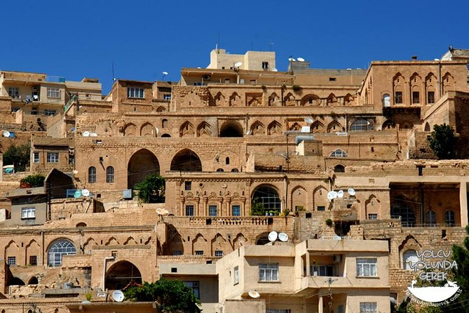 Mardin is very unique with lovely old-Arabic style houses. The houses are often decorated with intricate carvings. This is a very lively trading center with people coming from surrounding villages to buy and sell. We will have a fantastic view of the Plain of Mesopotamia. It is a city that played an important role in the early development of Christianity. We will also visit the Monastery of Deyr-az-Zaferan just outside of town, founded in 762 A.D. It was the seat of the Syrian Orthodox Patriarch for almost 800 years.We drive to Hasankeyf, with stop at the beautiful little town of Midyat to see the Monastery and ancient houses on the way. Hasankeyf, with its history that spans nine civilizations, the archaeological and religious The history of Hasankeyf goes back 10,000 years. This is three times longer than the Giza pyraids, 10 times longer than Stonehenge, and makes the glorious civilizations of the Maya and Inca seem as if they were flourishing just yesterday. <br>