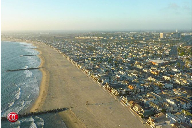 This fifteen minute, twenty mile tour takes off from the airport and heads north along the Newport Beach coastline to the mouth of the Santa Ana river before returning back to the airport.
