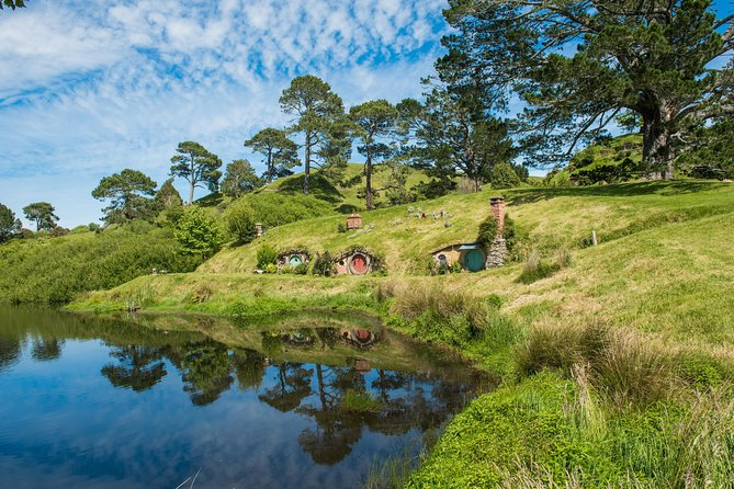 The Hobbiton Movie Set Small-Group Guided Tour from Auckland, Auckland, New Zealand
