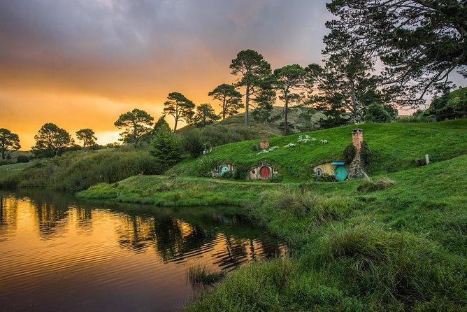 Excursión a set de rodaje de Hobbiton y el Valle Geotérmico de Rotorua con desde Auckland, Auckland, NUEVA ZELANDIA