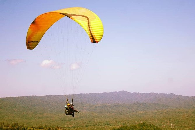 Enjoy an unforgettable paragliding activity in Manado. Tetempangan Hill is a haven for paragliding enthusiasts that suitable for cross-country flying. We carry out Manado Paragliding with professional instructors, so you do not have to worry about your safety. Furthermore, it is popular for tourist to chronicle their experience on video. Bring your action camera to record your paragliding experience. The tour also provides transport that's ready to pick up and transfer you back to the hotel in Manado.