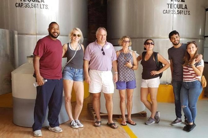 Small-Group Professional Craft Tequila Tasting Tour By Mickey Marentes, Guadalajara, MEXICO