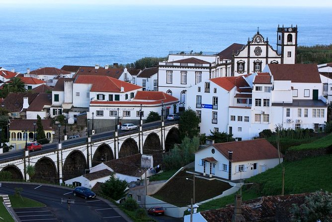 "The tour takes us to discover the most geographically rugged and remote area of São Miguel Island. Following by the southern coast, we'll arrive to the village of Povoação, where we will stop to taste the famous ""Fofas da Povoação"" (local pastry). Then, our tour continues to the most flowery municipality of São Miguel Island, Nordeste. We will have the opportunity to enjoy the landscapes led by viewpoints of Ponta do Sossego and Ponta da Madrugada overlooking the coast of the villages. We will admire the ancient water mills of the Ribeira dos Caldeirões Park, where for decades the cereals of the surrounding parishes where grinded. The tour also includes passage in Gorreana Tea factory, one of the few existing in Europe and the oldest of our island, with a taste of the different teas produced there. The return to Ponta Delgada is made by north Coast, from which one can admire the way the sea and the winds of the North quadrant shaped the northern hillsides."