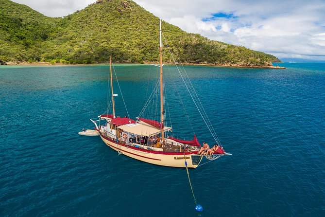 Sail around the Whitsunday Islands aboard a 70-year-old ketch for a full 2 days/1-night adventure. Sleep in our comfortable air-conditioned vessel and wake to a beautiful island sunrise. We will take you to the best snorkeling locations and with sufficient kayaks for all on board, our friendly guide will take you on an eco-friendly exploration of hidden inlets and fringing reefs. <br>• Freshwater Jacuzzi <br>• Guided turtle/stingray kayak tour <br>• Meals freshly prepared on board <br>• Private cabin available <br>• Fully air conditioned <br>• Spacious deck and shade awnings <br>• Full 2 days and 1 night <br>• Experienced and knowledgeable crew <br>• Best snorkeling spots <br>• Relaxed tour