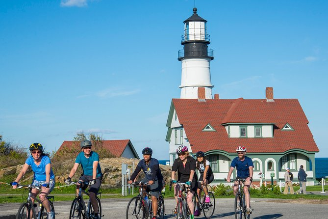 Discover Portland Maine and the shores of Casco Bay by bicycle! Join us for the 5 lighthouse bicycle tour of Portland, Maine featuring the Maine coast, lighthouses, and Portland's history. We have made some modifications to the 5 Lighthouse tour in response to COVID-19. We have modified the tour to allow us not to have guests in our vehicles. As a result of this change, guests will begin biking from the Ocean Gateway and return to the Ocean Gateway by bicycle. Groups will generally see only 4 lighthouses (Bug Light, Spring Point, Portland Head Light and Ram Island Ledge). Lunch will be provided by we will source all food from vendors.