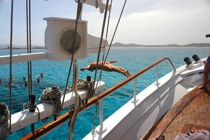 MÁS FOTOS, The Authentic Rhenia-Delos Cruise