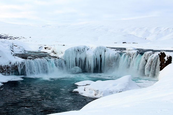 An easy and short tour to Goðafoss, also known as the water of the gods, which played a role in the christening of Iceland. We drive to the waterfall and spend some time there and then we head back to Akureyri, stopping at some good photo points on the wat.