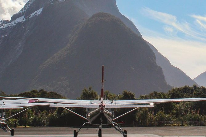 Milford Sound Fly, Cruise and Helicopter Tour from Queenstown, Queenstown, New Zealand