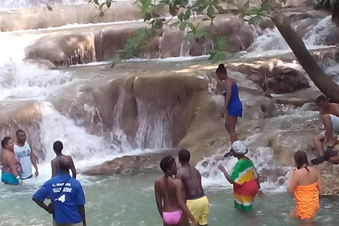 Private Double Waterfalls Tour from Falmouth: Dunn's River Plus Blue Hole Falls, Trelawny, JAMAICA