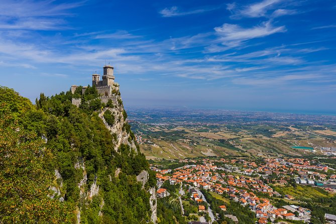 Day Trip from Bologna to San Marino, Bolonia, ITALY