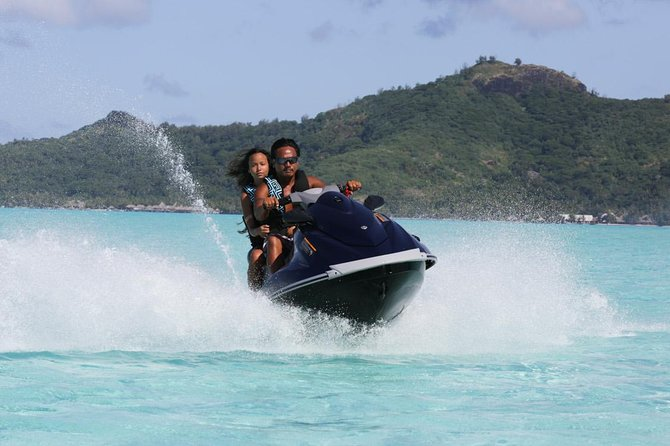Bora-Bora's most famous JET SKI Tours. Jetski tours are a complete Island tour of 2hours. Your guide is in the front and open you the turquoise water way on Bora-Bora. You have 2 stops the first half way where you relax in blue lagoona and change drivers ; the second on our private Motu for a coconut show. We come and pick-you up directly at your hotel.