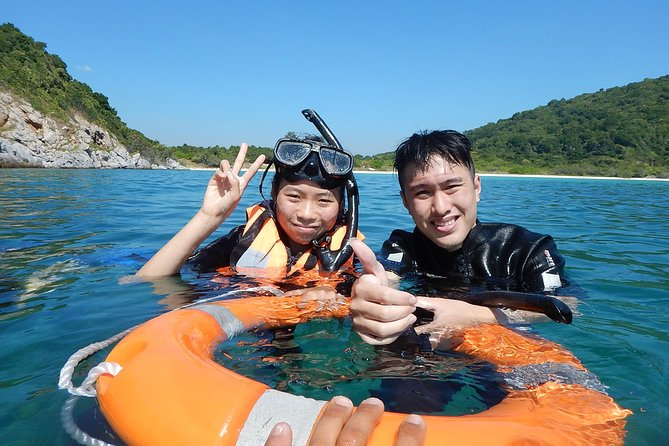 Experience the amazing underwater world by calmly floating over a coral reef surrounded by tropical fish. Snorkelling at two locations around the Pattaya islands plus lunch served on board the boat. Seafari's in-water snorkel guide will be at hand to help you relax and make your day more enjoyable