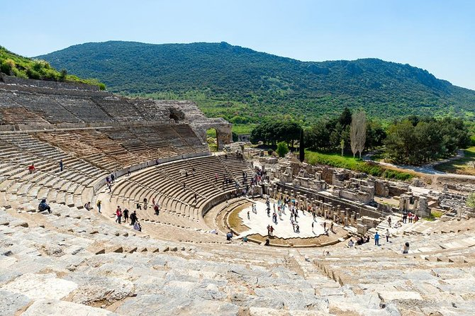 Ancient Ephesus tour with Wine Tasting in the village and visit to Mother's Mary House, Kusadasi, TURQUIA