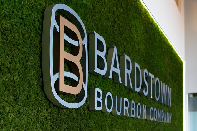 Experience tour to two traditional bourbon distilleries. Enjoy the tour and don't worry about anything.<br>Your guide leads you to two iconic distilleries (Jim Beam Distillery and Bardstown distillery) where you can learn about the bourbon production process and taste some special Bourbon (+21 years). <br><br>Please contact the operator If you want to include a three Distillery (Bulleit, Jim Beam, Heaven Hill, 1792, Lux Row) please send a message with the name of the distillery you want to visit and your email.<br><br>Note:<br>- Minimum of two people required per tour.<br>- You can customize your tour considering the initial scope<br>- We depend on the availability of distillers