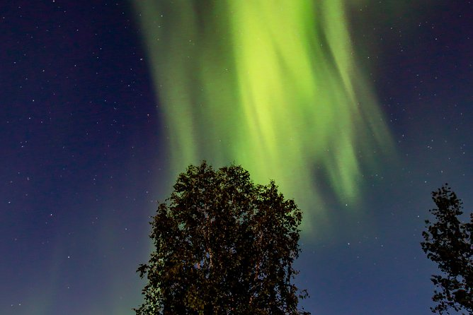 Intimate Aurora Tours Cozy Cabin Bucket List, Yellowknife, CANADA