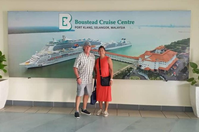 THIS DAY TOUR IS DESIGNED ESPECIALLY FOR CRUISE SHIP PASSENGERS, AND IS IDEAL FOR TRAVELERS STAYING IN KUALA LUMPUR FOR A SHORT TIME. BE PICKED UP DIRECTLY FROM THE PORT KLANG CRUISE TERMINAL SO YOU DON'T WASTE A SIGHTSEEING MINUTE. . <br><br>VISIT KEY LANDMARKS SUCH AS KING PALACE, INDEPENDENCE SQUARE, THE FAMOUS PETRONAS TWIN TOWERS, AND MUCH MORE. LEARN ABOUT THE HISTORY AND CULTURE OF MALAYSIA AS YOU EXPLORE THE BATU CAVES AND DISCOVER THE ART OF PEWTER-SMITHING BEFORE HEADING BACK TO YOUR CRUISE SHIP. <br><br>PORT PICK-UP & DROP-OFF INCLUDED