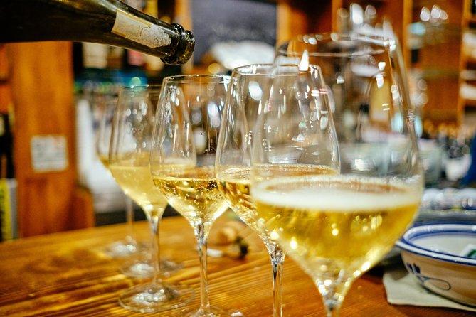 Private Bologna's Wine & Bites Walking Tour with a Local, Bolonia, ITALIA