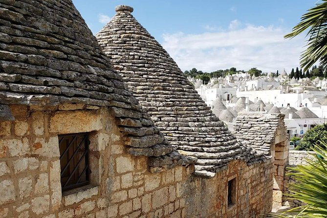Alberobello, Unesco heritage Site since 1996, is the city of trulli. <br>Through our walk we will learn about the origins, history and curiosities of these fairy-tale local stone buildings with a conical roof. <br>From the Rione Aia Piccola , with its still inhabited trulli, we will see and finally visit the trulli of the Rione Monti.<br>Here we will meet a artisan who models the local stone and builds original miniature trulli. <br>Finally we will end our tour with a tasting of typical products in a local company.