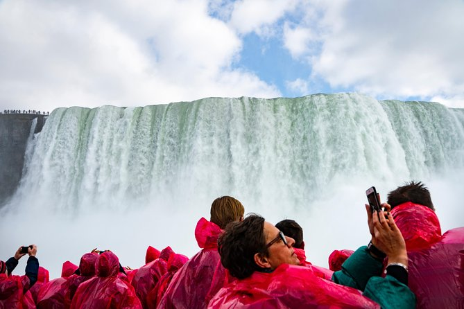 Niagara Falls One Day Sightseeing Tour from Toronto, Toronto, CANADA