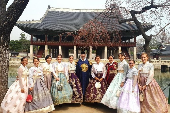 Visit some of Seoul's most famous attractions during this 8.5-hour guided tour. Visit Jogye Temple, pass by The Blue House, Gyeongbok Palace, Insadong, Bukchon Hanok Village, Bugak Skyway, and Myeongdong with no more than 15 peoplefor a personalized, small-group experience.