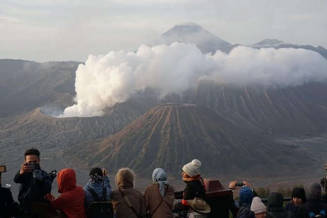cheap prices with undisputed quality, we will take you to a different atmosphere to some amazing locations like:<br>- Sunrise View Point Penanjakan 1/Bukit Kingkong/Bukit Cinta <br>- Kawah Bromo <br>- Puri Luhur Poten <br>- Teletubies Hills <br>- Padang Savana<br>- Pasir Berbisik