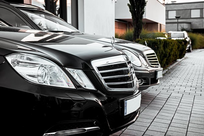 Private Business Transfer from Hotel in Cologne to Cologne Bonn Airport (CGN), Colonia, GERMANY