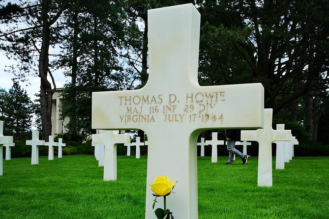Private Day Tour including Normandy Landing Beaches & Battlefields from Bayeux, Bayeux, FRANCIA