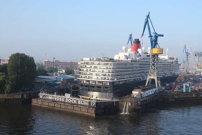 Guided Bus Tour: Hamburg City Highlights, Hamburg, GERMANY