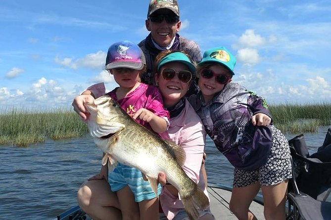 Lake Okeechobee is a world-renowned fishing destination known for its largemouth bass fishing. If you are looking for the ultimate outdoor experience here in Florida, this is the place to explore. Year-round you can cash in on excellent action with our local experts. Years of knowledge and experience has led to providing an amazing fishing trip worth remembering. <br><br>When you explore this beautiful lake, you have the ability to catch some of the biggest bass of your life. Enjoy a day on the water getting to experience an abundance of wildlife from birds, alligators, and BIG bass! <br><br>Don't worry about equipment or levels of fishing experience as our local experts provide it all for you. Our experts provide lessons and new techniques for every level of angler. Enjoy a ride on a modern 21' boat will having the time of your life! <br><br>Our travelers also enjoyed a day at the Six Mile Cypress Slough Preserve, Lakes Regional Park, or JetBlue Park!<br>