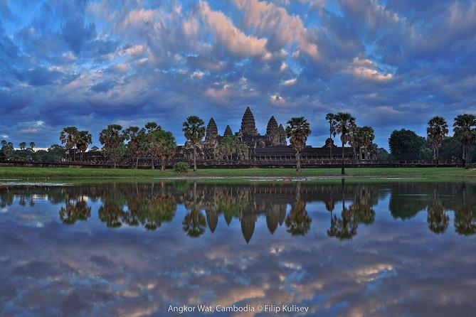 Explore Angkor Wat Sunrise Small Group Experience, Siem Reap, CAMBOYA