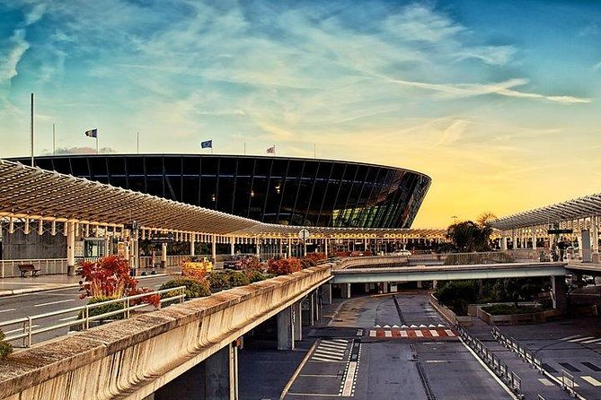 Traslado privado a la llegada: Aeropuerto de Niza al hotel, Niza, FRANCIA