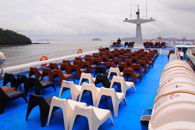 Ferry Transfer Between Koh Phi Phi To Phuket, Ko Phi Phi Don, Thailand