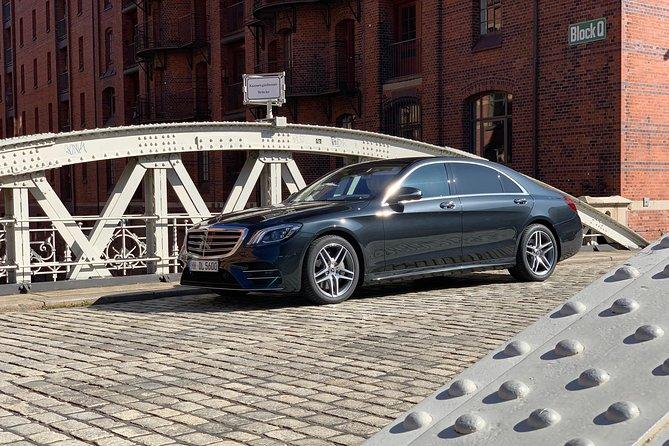 Private sightseeing tour with a luxury sedan., Hamburgo, ALEMANIA