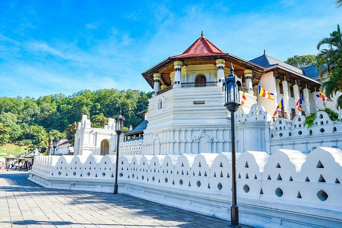 Kandy the last ancient capital of Sri Lanka has many places to visit. The Temple of Tooth is sacred to Buddhists all over the world. The city lies in the midst of the hills in the Kandy plateau is picturesque.