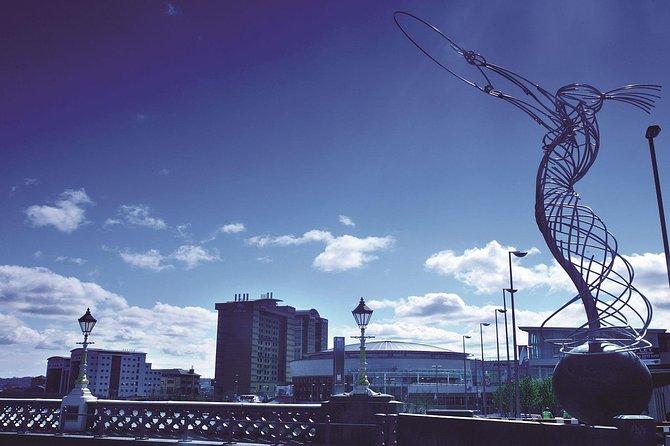 Recorrido a pie por los antiguos enclaves conflictivos del centro de Belfast (10.30 h), Belfast, IRLANDA