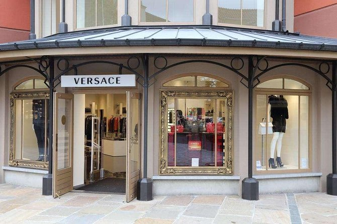 Independent Shopping Trip to Maasmechelen Village Luxury Outlet from Brussels, Bruselas, BELGIUM
