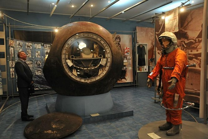 Planetarium's museum tells the story of the development of astronautics from the first artificial Earth satellites and the flight of Gagarin to modern spaceships and stations.<br><br>The key point of the exposition is the theme of the flight of the first woman cosmonaut, Valentina Tereshkova.<br><br>The history of the development of rocketry is shown by a number of models of Soviet and Russian rockets from R-7 to the MMK Energia-Buran. The conceptual parallel, built from the first manned space flight to the present day, ends with a mockup of the Soyuz launch vehicle and the modern Soyuz-TMA spacecraft.<br><br>The visitors can take a picture in a life-size cosmonaut's spacesuit model.