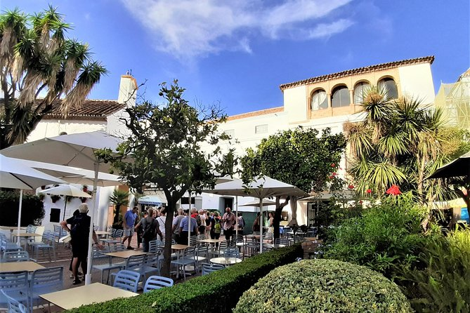 Uncover Marbella's storied history and its unique charm during thiprivate tour of the heart of the Costa del Sol.<br><br> Discover the remains of the Moorish castle  and other important Castilian buildings, that were built in the Modern Age. Learn about our history by the hand of an insider. <br><br>Stop by landmarks like the Orange Square, the Incarnation Church with its hermitages and chapels, statues of the surrealistic painter Dali,  the promenade, and Alameda park. <br><br>Receive undivided attention from your local guide as you learn about what life was – and is – like in this seaside Spanish town.