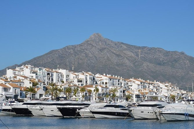 Departure Private Transfer Luxury Van Marbella to Malaga airport AGP, Marbella, ESPAÑA
