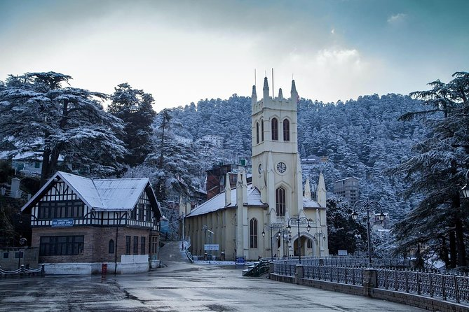 Shimla & Manali is a perfect get away destination for family,friends & couples to tantalize the wonder and experience the best of Himalayas.