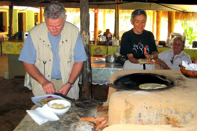 Visit With The Mountain Potters, Todos Santos, MÉXICO