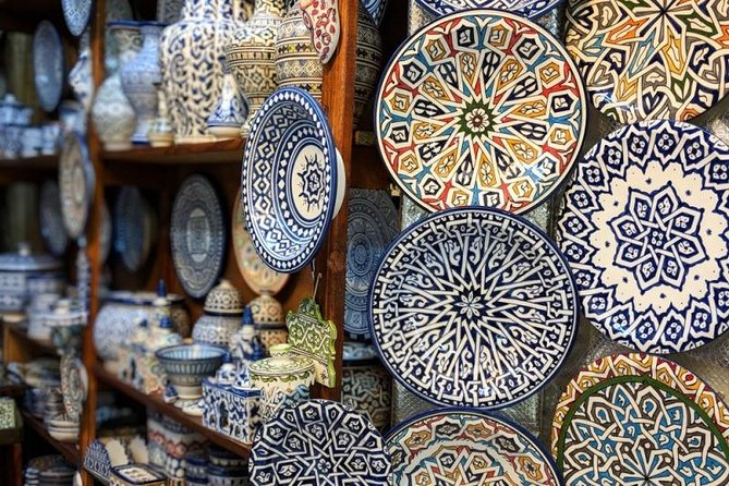 Skip-the-Line Private Tour: Fez' Medina Walking Tour 4 Hour with a Local Expert, Fez, MARROCOS