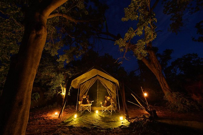 3 Days Okavango Delta <br><br>Mokoro Excursion <br><br>Camping wild <br><br>3 X Breakfasts <br><br>2 X lunch <br><br>2 Xdinner <br><br>Guided walks <br><br>Optional Scenic flight