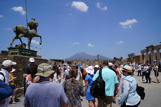 Don't miss the chance to visit the archaeological site of Pompeii. <br>Alongside an expert history guide you will join you in a 2 hour walking tour to bring back to life the Romans' lifestyle. <br><br>Hidden for hundreds of years, after the discovery of Pompeii it became one of the main attractions in the Campania Region. <br>The city has been preserved over the years by the lava which petrified the area. Pompeii was considered one of the most important commercial centres of the area before the disaster. <br>Now, Pompeii is one of the most important UNESCO World Heritage sites.<br>