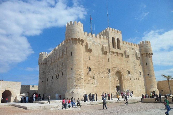 Discover the main attractive area in ancient Alexandria the second capital for Egypt which include a lot of special places<br>Enjoy the time while watching the ancient Egyptian roots in an amazing tour through all the day.