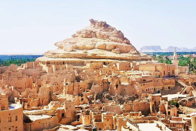 Visit the biggest Oasis located in the Sahara (the great desert) with its treasure. Siwa is an ecological oasis <br>Explore salt lake. <br>Enjoy a visit to the Old City of Siwa (Shali). <br>Visit the Alexander Temple <br>visit Cleopatra Spring (Ein Guba) .<br>Visit the siwian House sheikh live full experience.<br>