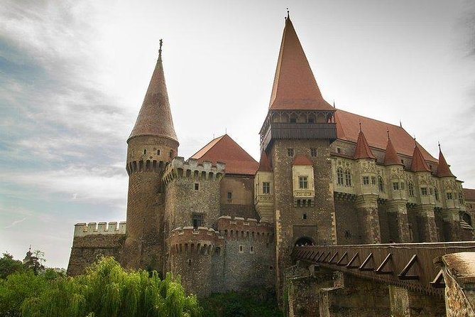 Let's explore a few highlights of Transilvania, which are a must see in Romania. Corvin Castle, one of the most beautiful in Europe, The oldest stone church and an ancient, mystical roman site.