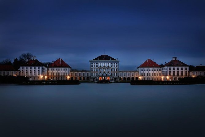 Arrival Private Transfer from Munich Airport MUC to Munich City by Luxury Van, Munich, ALEMANIA