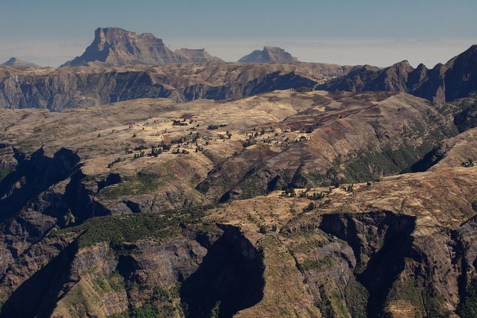 This seven day hike, is tailored towards serious hikers, and will take you across a large part of the Simien Mountains National Park.<br><br>The starting and finishing point for the tour will be Gondar. The trek includes two half days of trekking and five full days. The elevation of the trek will rise and fall between 2000 – 4000 meters above sea level.<br><br>Expect to see a variety of wildlife including Gelada monkey, Walia Ibex and a variety of bird life. If you're lucky you may also see the simien fox as well as leopards.
