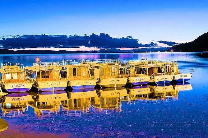 The National Reserve of Titicaca (RNT) is located on the continental waters of Lake Titicaca, the highest navigable lake in the world, in the immediate vicinity of the provinces of Puno and Huancané in the department of Puno, at an average altitude of 3,810 masl. It covers 36,180 hectares.<br><br>Wild flora and fauna from Lake Titicaca are preserved in the area. The reserve also contributes to the socio-economic development of the region and maintaining alive the traditional cultures of the people that inhabit the area. The communities of Uros and Uros Titino, which inhabit the islands on the vast lake, offer various hospitality options for tourists, providing an excellent opportunity to soak up the local culture.